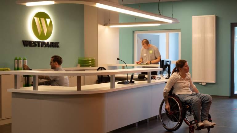 Neuer Fitmacher für das Team: Westpark GmbH wird neuer Gesundheitspartner der White Wings